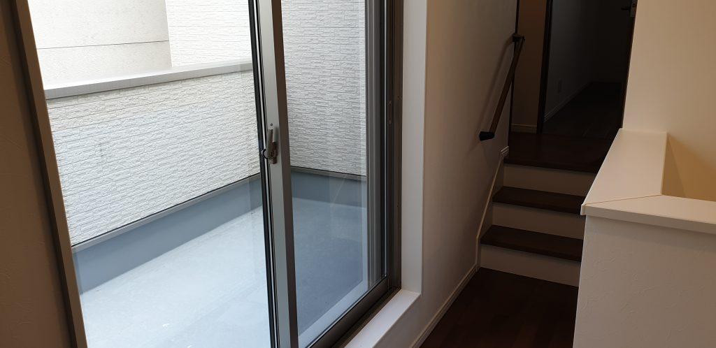 廊下 掃き出し窓