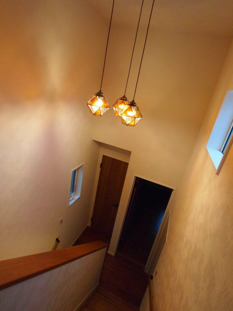 階段室 吹抜照明