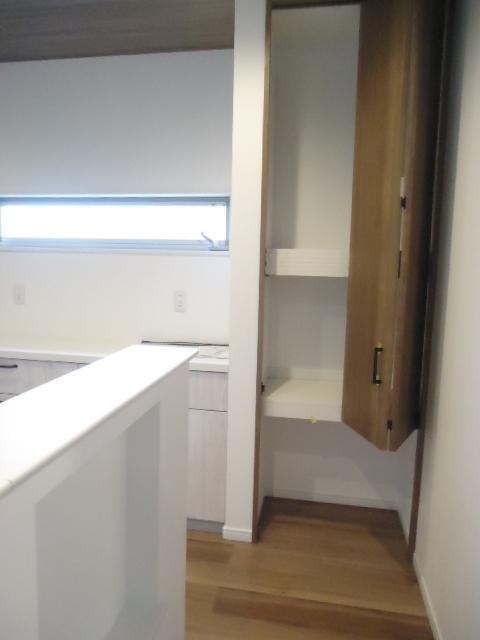 キッチンゴミ箱スペース