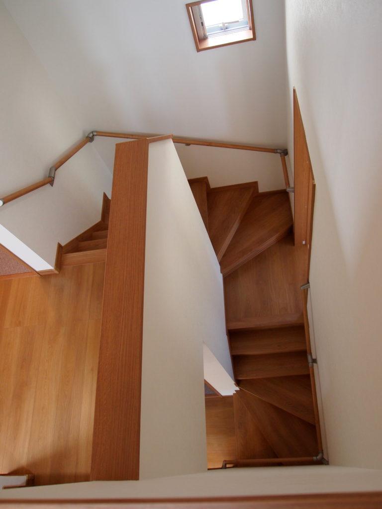 螺旋階段風 周り階段